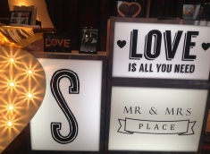 light-boxes-for-wedding-hire