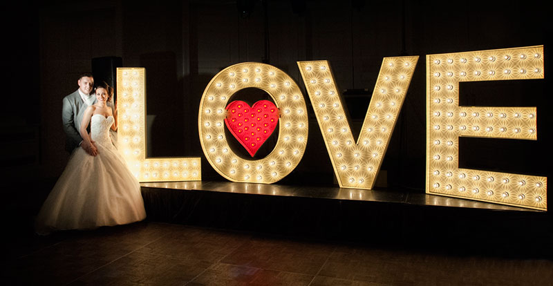 5ft light up love letters for hire